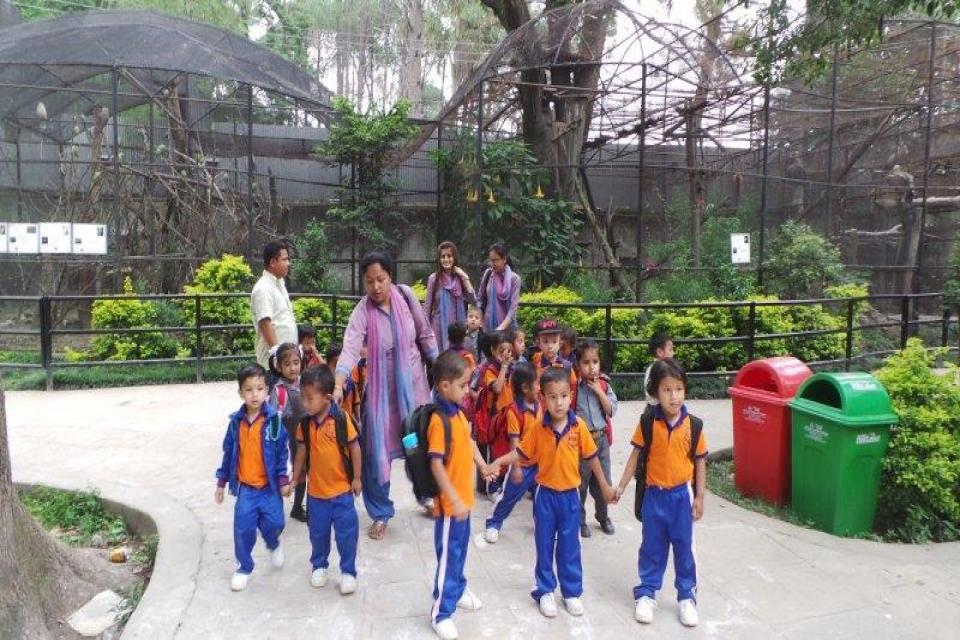 L.K.G students Zoo visit-2075